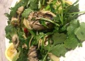 蒸し牡蠣のモニター調査結果で40代おすすめの牡蠣レシピは!「牡蠣とパクチのペペロンチーノ」
